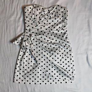 XOXO SWEETHEART NECKLINE MINI DRESS Polka-Dots